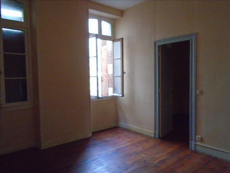 Sale apartment Oloron ste marie 27 500€ - Picture 2