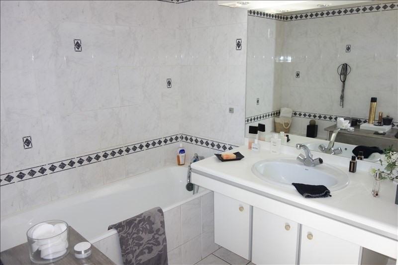 Sale house / villa La roche sur yon 321000€ - Picture 5