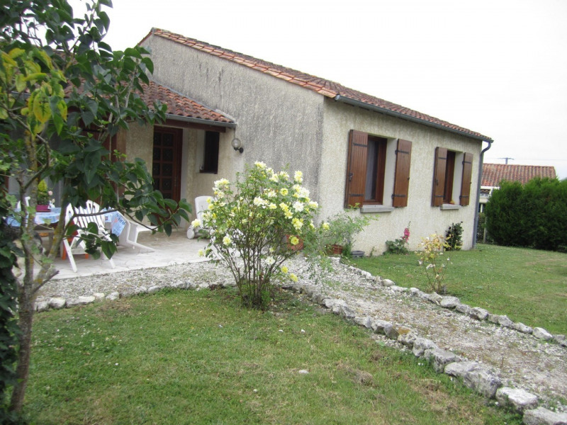 Vente maison / villa Archiac 171 500€ - Photo 1