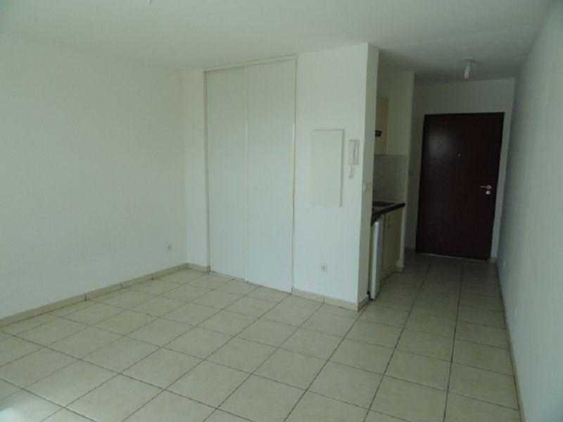 Location appartement Ste clotilde 385€ CC - Photo 3