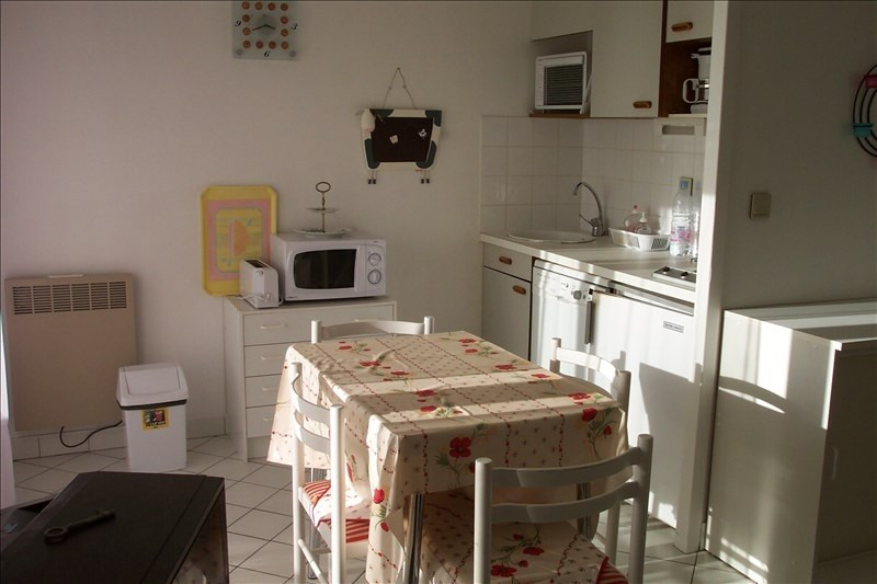Vacation rental apartment Chatelaillon plage 333€ - Picture 2