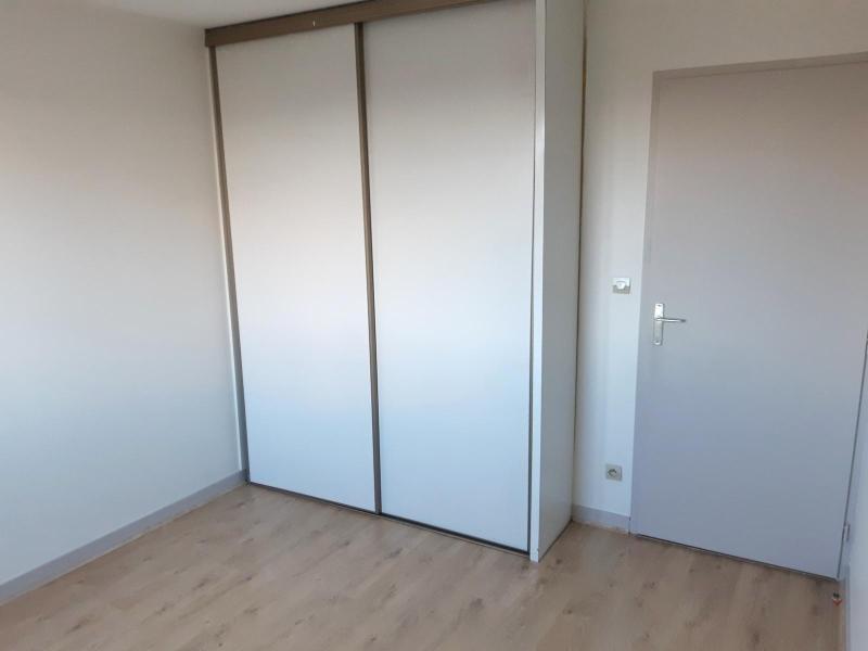 Location appartement Villefranche sur saone 870,25€ CC - Photo 7
