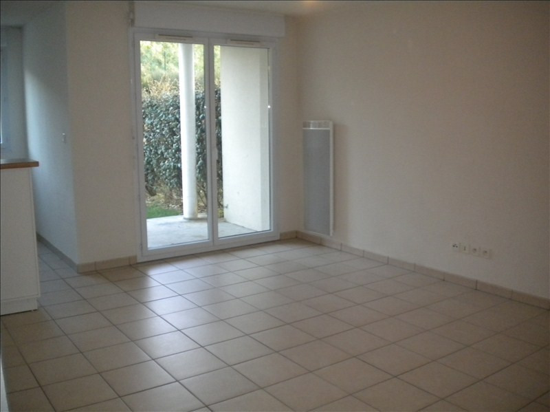 Rental apartment Vendome 444€ CC - Picture 4