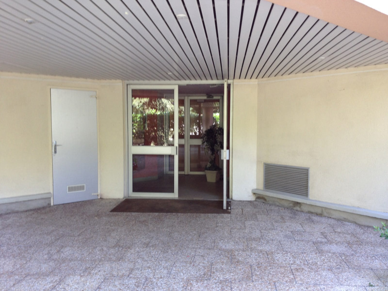 Rental apartment Gagny 1 345€ CC - Picture 2