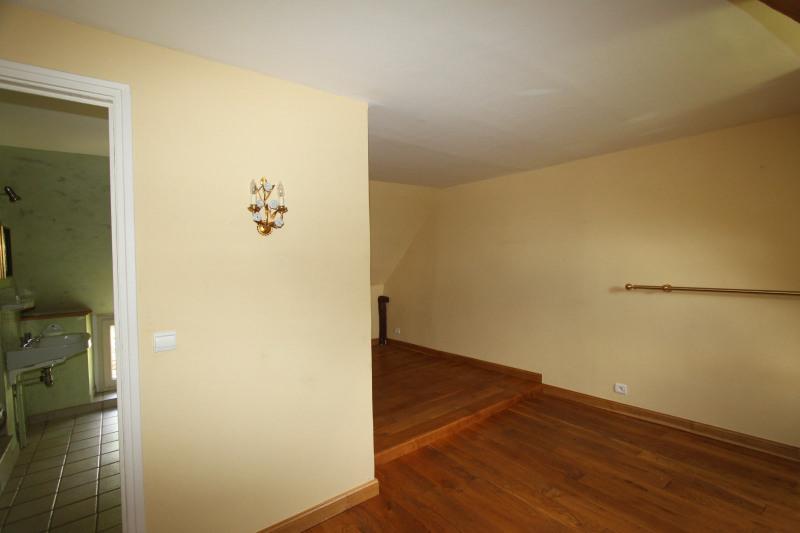 Sale house / villa Ginouillac 185000€ - Picture 12