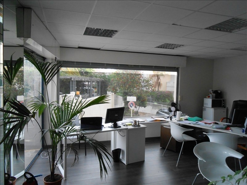 Location local commercial Le golfe juan 625€ HT/HC - Photo 1