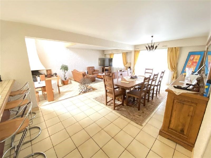 Revenda casa Ste genevieve des bois 621600€ - Fotografia 2