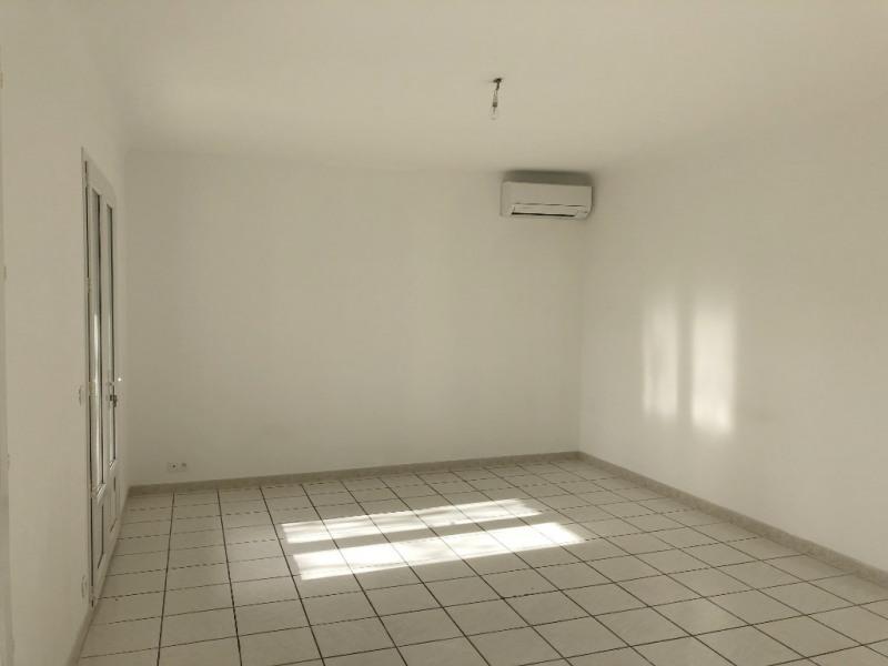Location appartement Les milles 1069€ CC - Photo 3