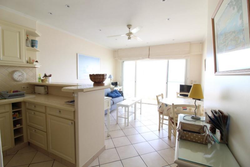 Vendita appartamento Hyeres 367500€ - Fotografia 4