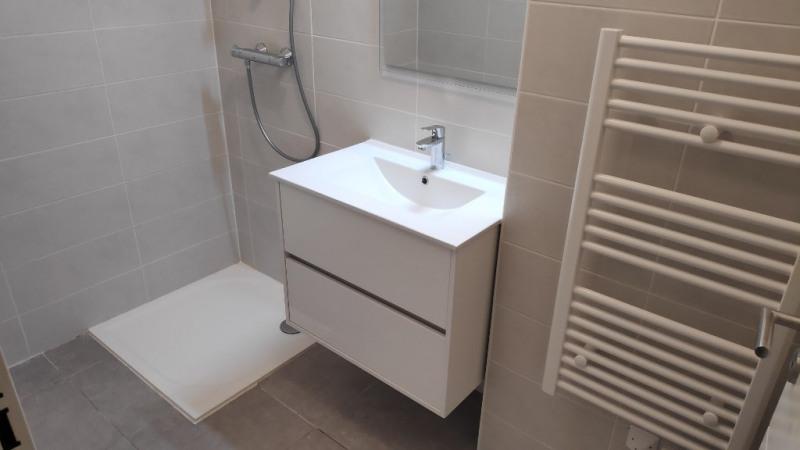 Rental apartment Saint laurent du var 960€ CC - Picture 7