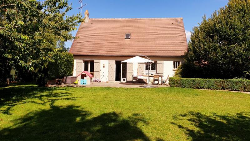 Sale house / villa Bazainville 339000€ - Picture 1