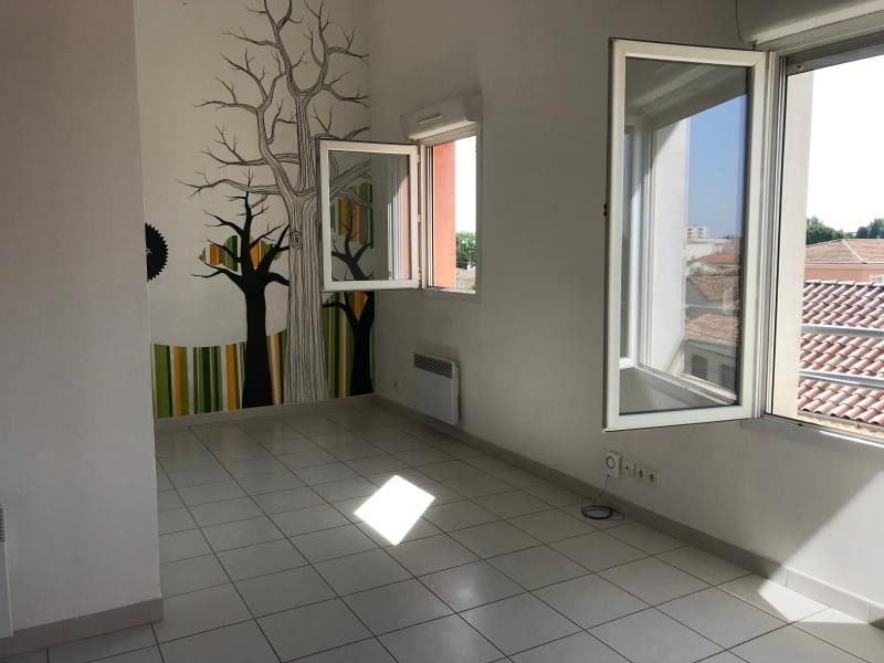 Vente appartement Nimes 90 000€ - Photo 2