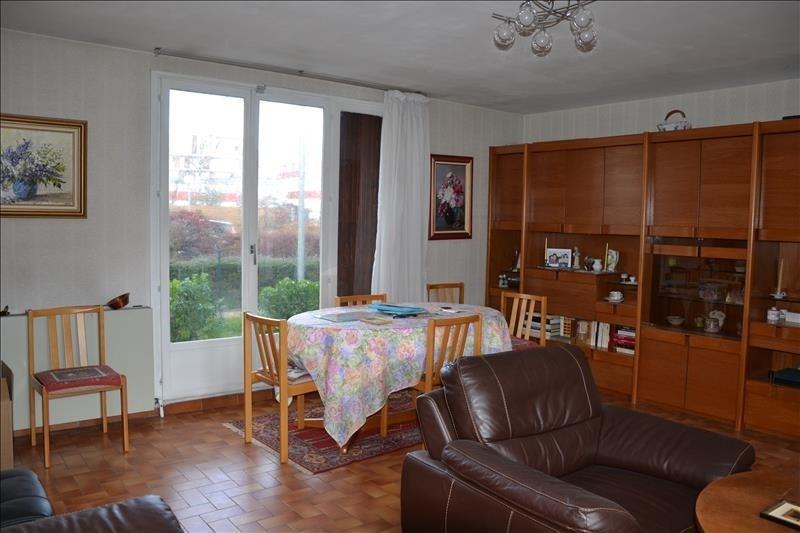 Sale house / villa Cergy 239200€ - Picture 2