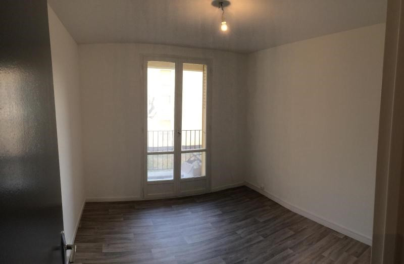 Rental apartment St paul trois chateaux 520€ CC - Picture 3