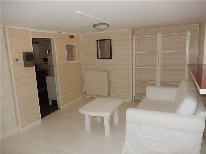 Location appartement Le puy en velay 401,79€ CC - Photo 2
