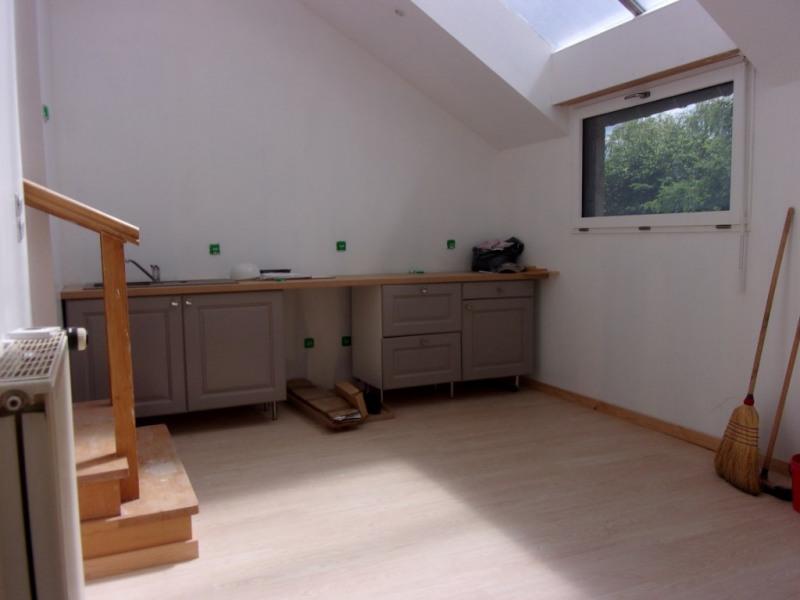 Sale house / villa Tremblay 91800€ - Picture 2