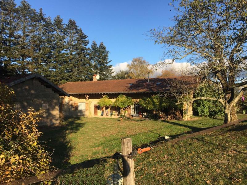 Sale house / villa Romenay 399000€ - Picture 1