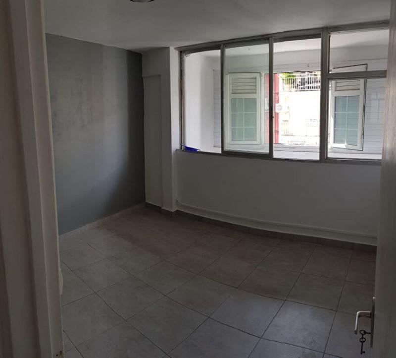 Location appartement Pointe a pitre 745€ CC - Photo 2
