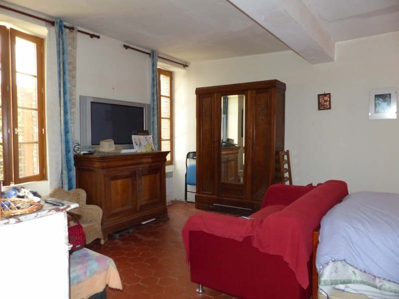 Sale house / villa Neuvy sautour 132 000€ - Picture 4