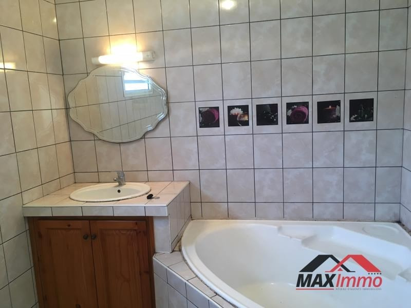 Location maison / villa Le tampon 1 100€ CC - Photo 6