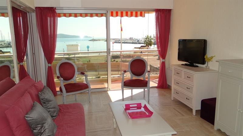 Vacation rental apartment Cavalaire sur mer 800€ - Picture 8