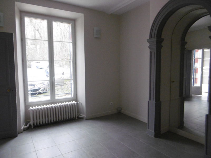Rental house / villa Rueil-malmaison 2330€ CC - Picture 3