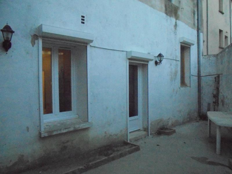 Sale apartment Lunel 105000€ - Picture 1