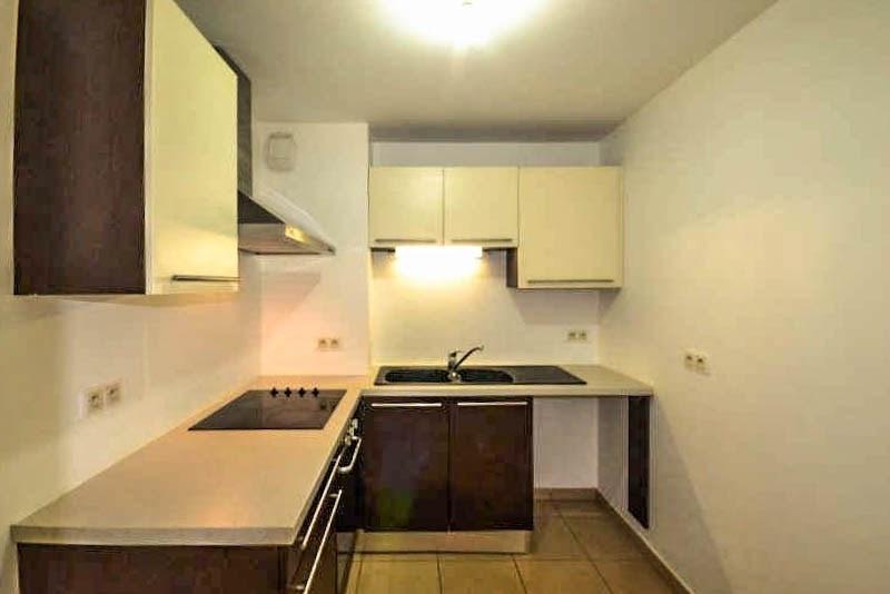 Sale apartment St pierre 174075€ - Picture 2