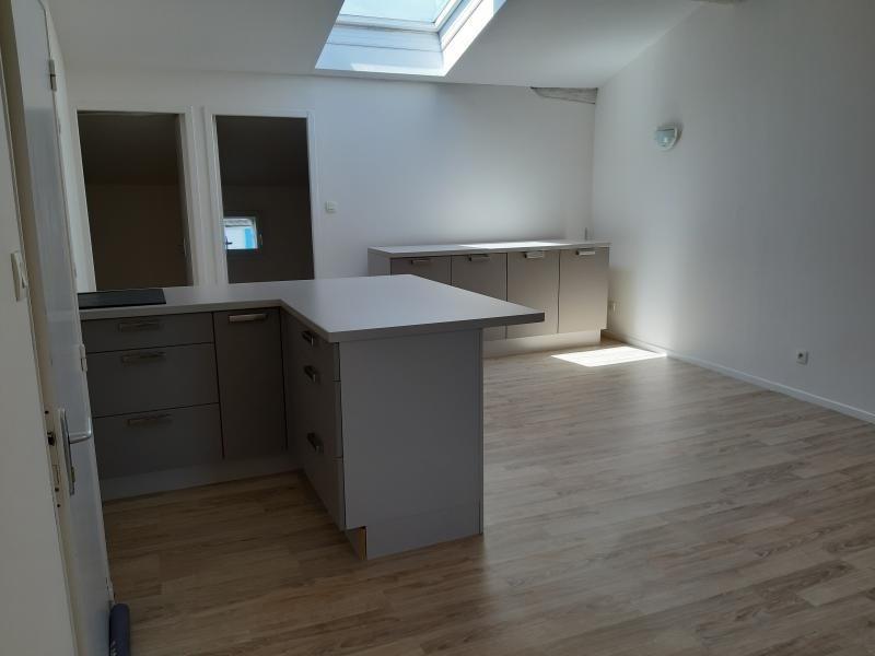 Location appartement Labruguiere 350€ CC - Photo 1