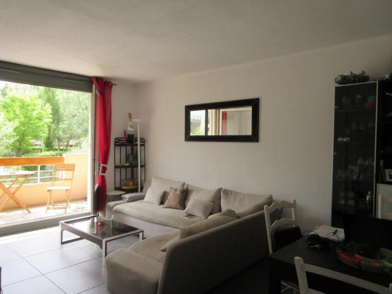 Rental apartment Aix en provence 798€ CC - Picture 2
