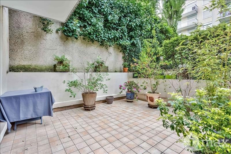 Sale apartment Courbevoie 700000€ - Picture 6
