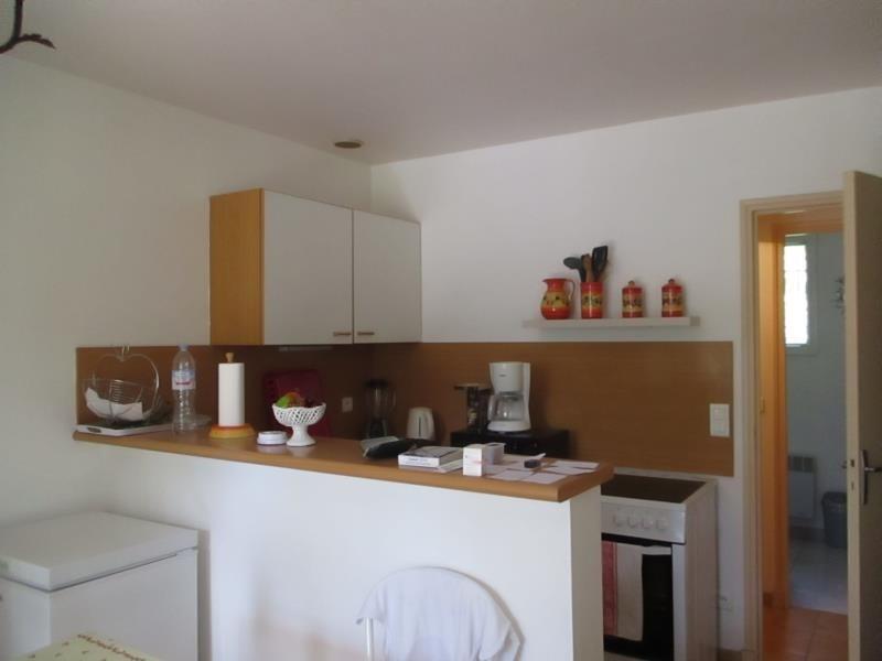 Rental apartment Salon de provence 624€ CC - Picture 4