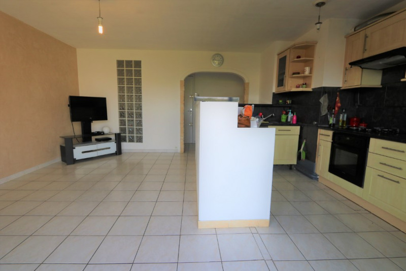 Sale apartment Nice 211000€ - Picture 3