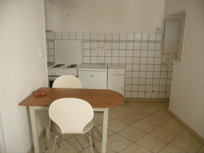 Rental apartment Aubigny sur nere 410€ CC - Picture 3