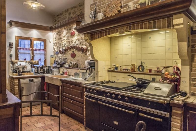 Sale house / villa Montfort l amaury 545000€ - Picture 5