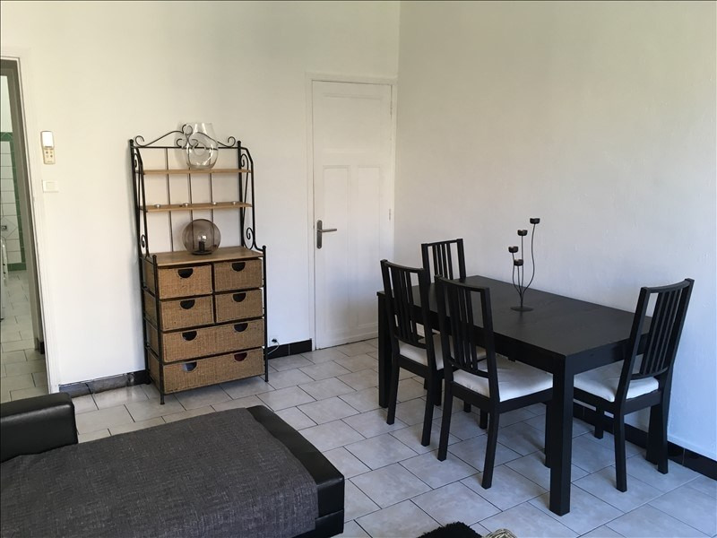 Location appartement Salon de provence 695€ CC - Photo 2