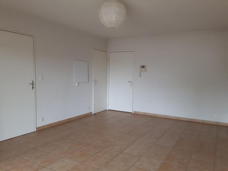 Location appartement Hasparren 475€ CC - Photo 2