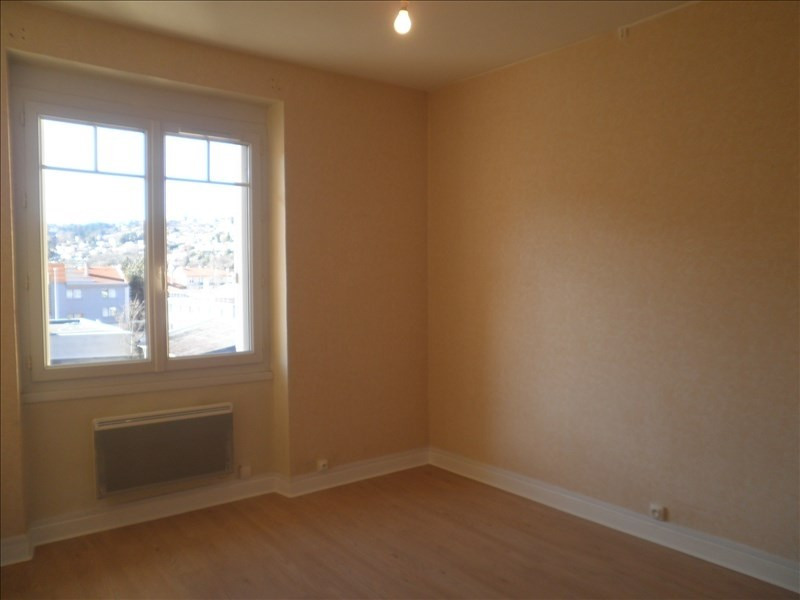 Rental apartment Le puy en velay 581,79€ CC - Picture 4