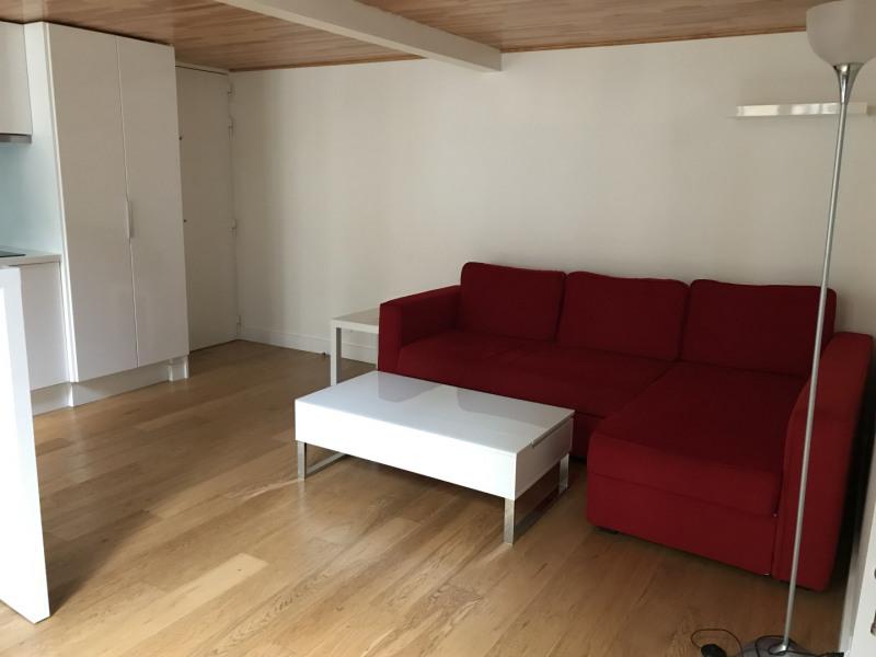 Location appartement Paris 17ème 1370€ CC - Photo 4