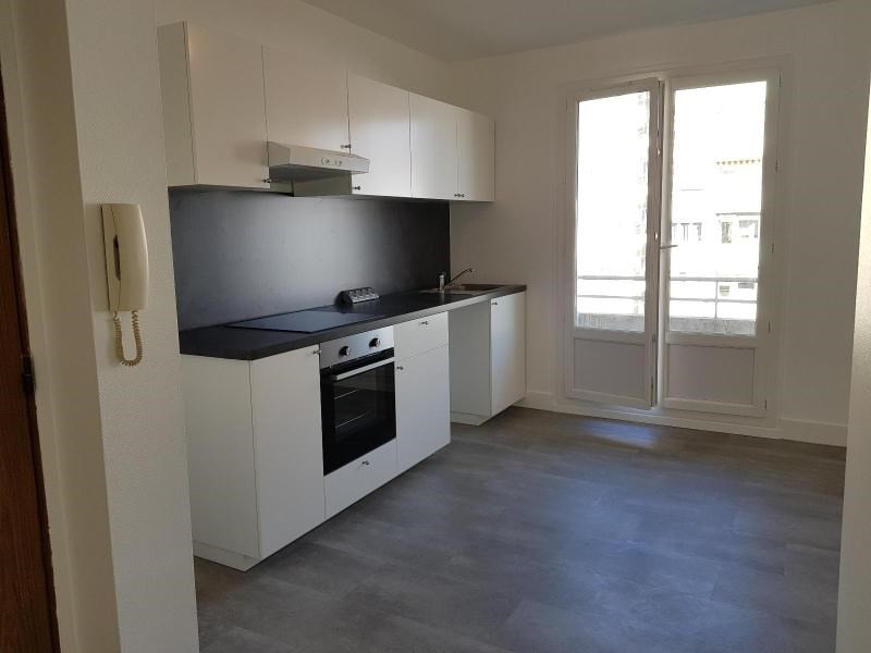 Location appartement Grenoble 892€ CC - Photo 2
