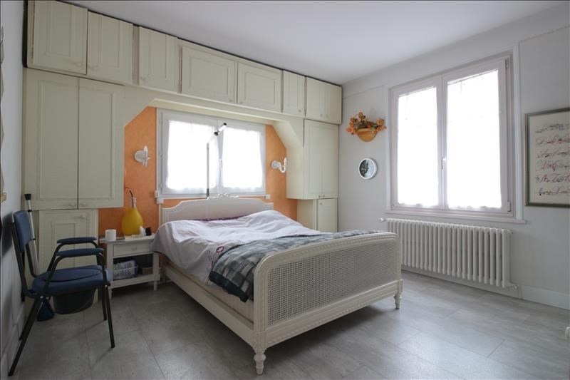 Sale apartment Annecy 302000€ - Picture 5