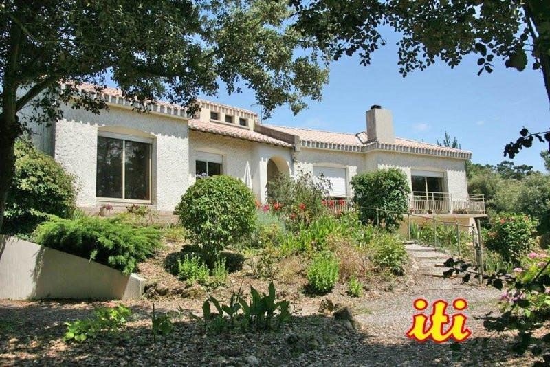 Deluxe sale house / villa Chateau d olonne 690000€ - Picture 8