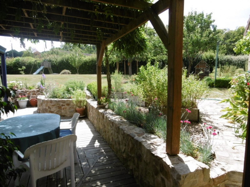 Sale house / villa Yvre l eveque 520 000€ - Picture 1