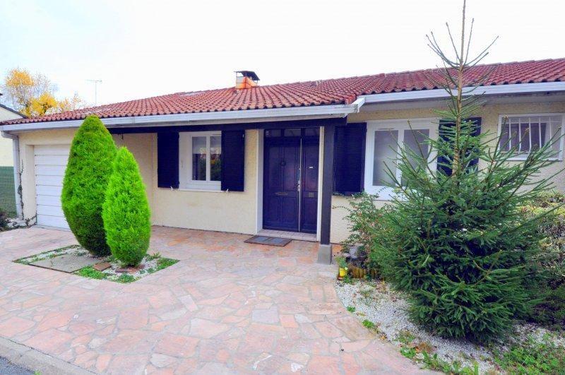 Sale house / villa Forges les bains 385000€ - Picture 1