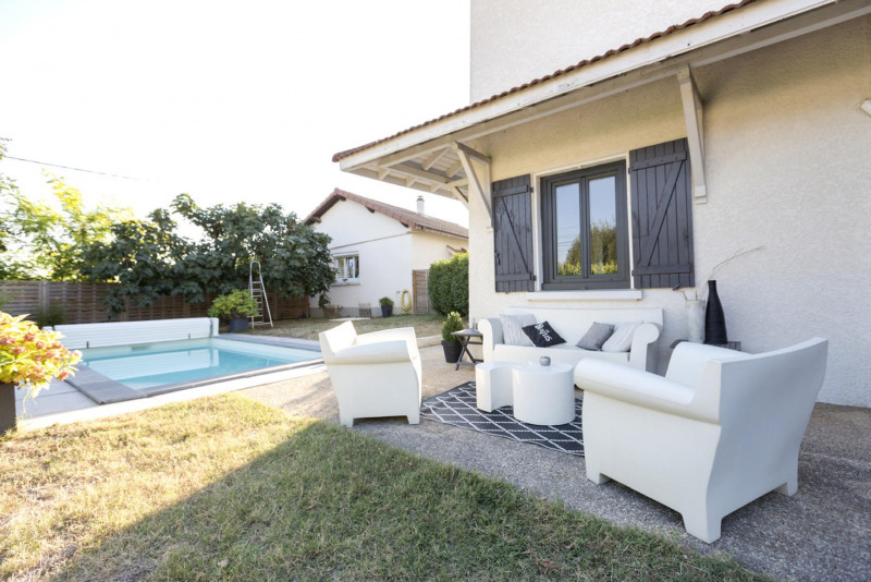 Deluxe sale house / villa Jonage 765 000€ - Picture 3