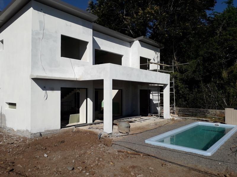 Deluxe sale house / villa St denis 570000€ - Picture 2