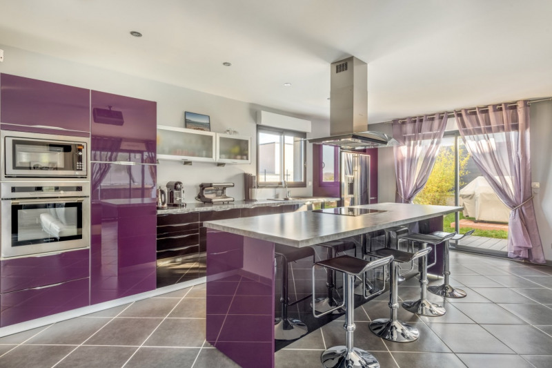 Deluxe sale house / villa Pollionnay 615000€ - Picture 6
