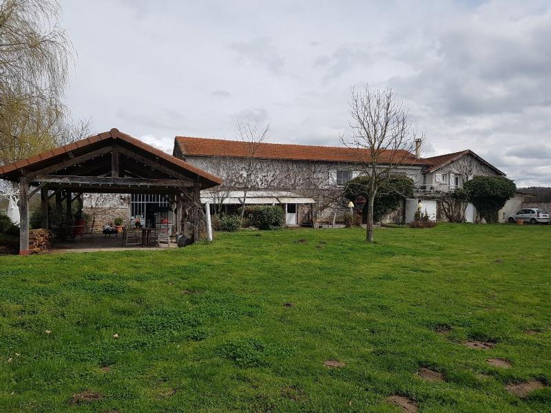Vente de prestige maison / villa St laurent de chamousset 590000€ - Photo 3