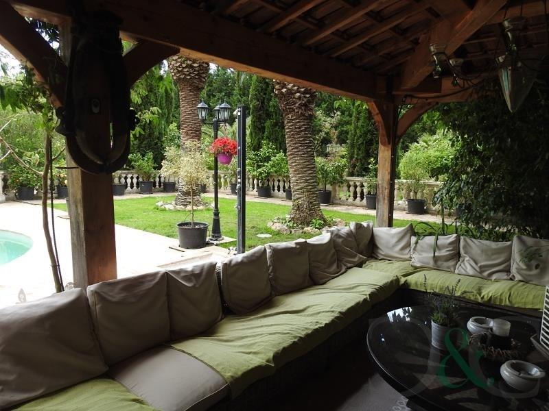 Deluxe sale house / villa Hyeres 1672000€ - Picture 2