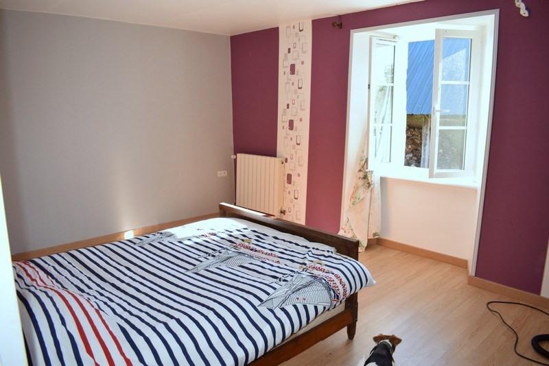 Sale house / villa Montpinchon 160000€ - Picture 6